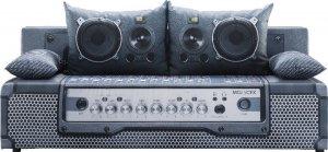 Play Full Audio 4